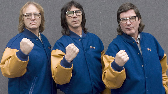 "The ""Hanson Brothers"", November 2008 : Dave HANSON, Steve CARLSON and Jeff CARLSON. (Chris Young/Canadian Press photo)"