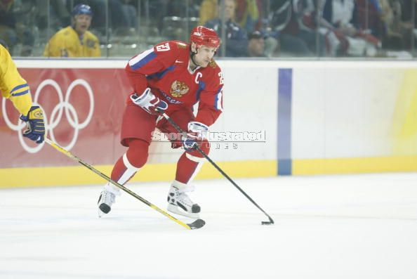 ALEXEI KOVALEV, who first appeared at the Winter Olympics at age 18 for the Unified Team (i.e., former Soviet Union), captained Russia at the 2006 Turin Games. Kovalev, not including his totals from Albertville (8 ga, 1 go 2 as), has appeared at seven major internationals (44 ga, 19 go 12 go, 31 pts) for Russia.
