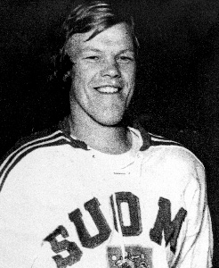 LAURI MONONEN scored the goal for Finland that wrecked arch-rival Sweden's medal hopes at the 1972 Winter Olympic Games in Sapporo, Japan. Mononen later skated two seasons in the World Hockey Association for the Phoenix Roadrunners in the mid-1970s before signing to play with SC Bern in Switzerland.