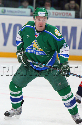 Russian international ALEXANDER PEREZHOGIN (37), the native of Kazakhstan and former first round pick of the Montreal Canadiens, finished the 2009-10 season as the fifth-leading scorer for Salavat Yulayev Ufa with 13 goals, 31 points from 56 games in the Kontinental Hockey League.
